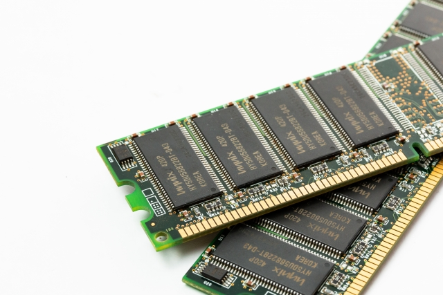 パソコン用の増設メモリ